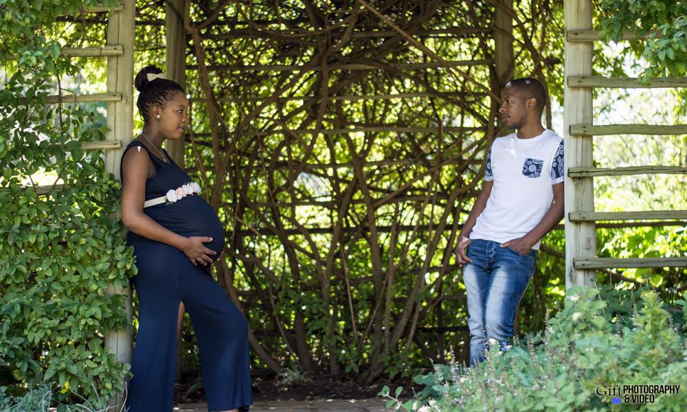 Lebo Location Maternity Shoot-1