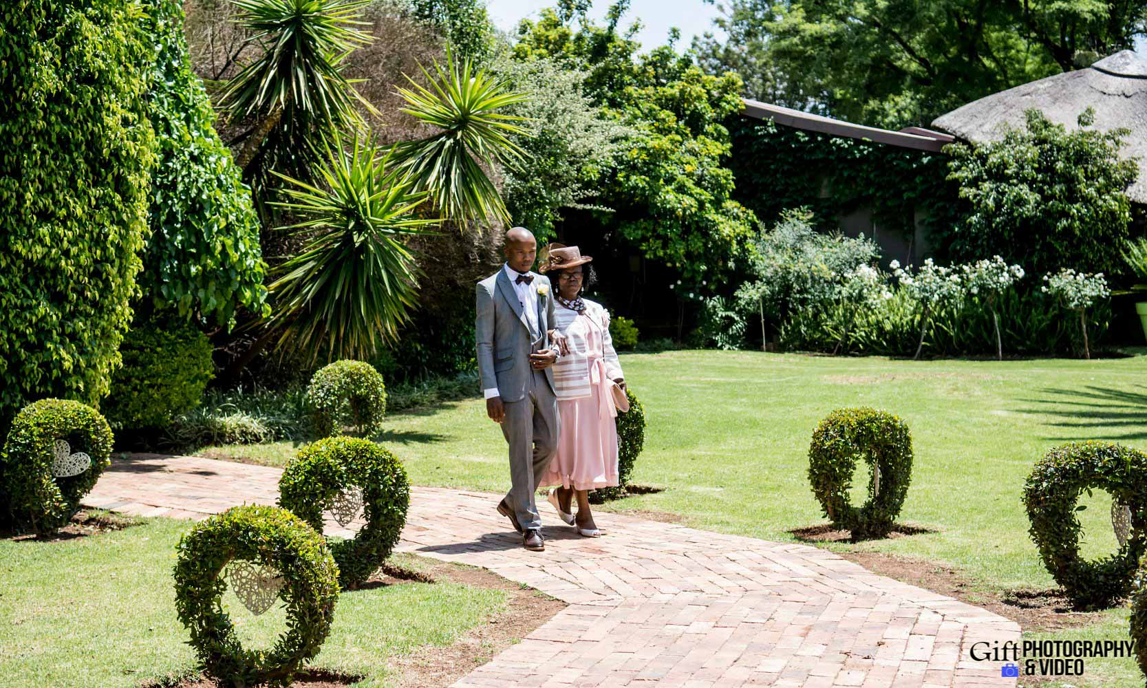 Choene & Sihle Wedding Usambara-10