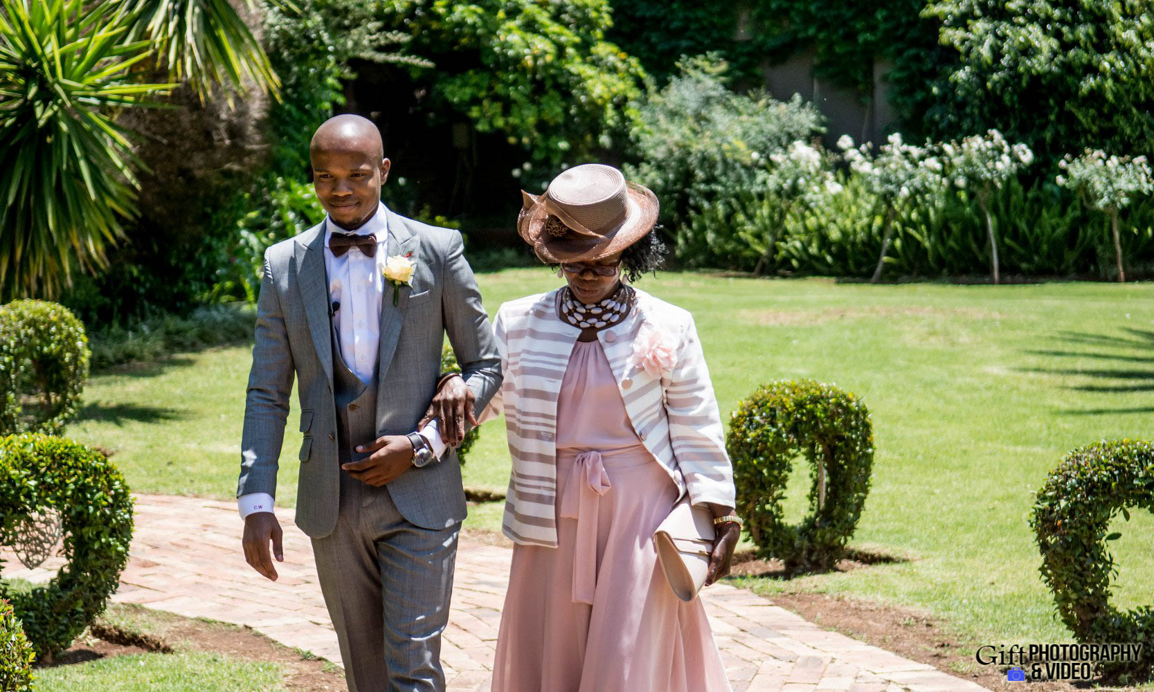 Choene & Sihle Wedding Usambara-11