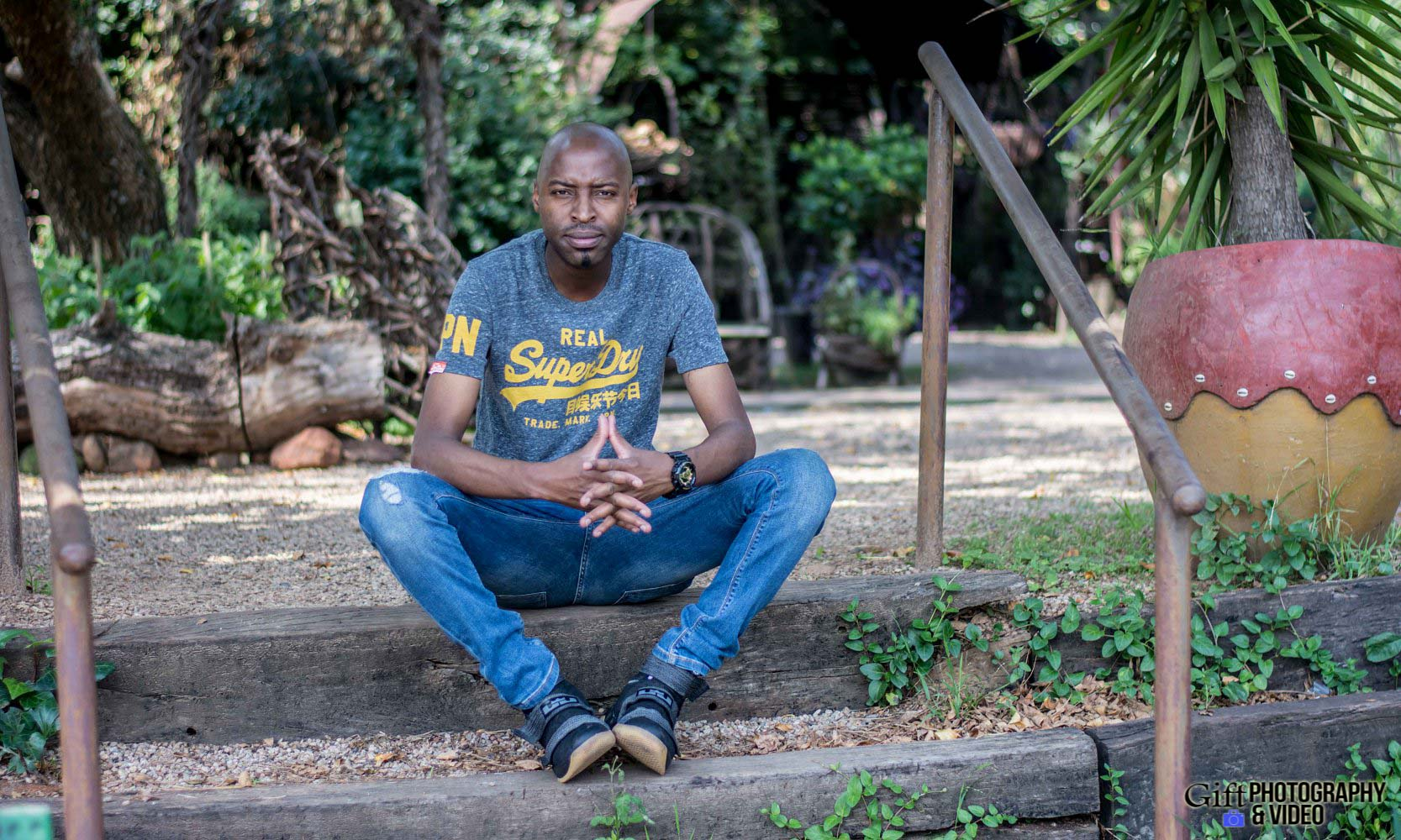 Naledi & Bongani Engagement Shoot Zoo Lake-18