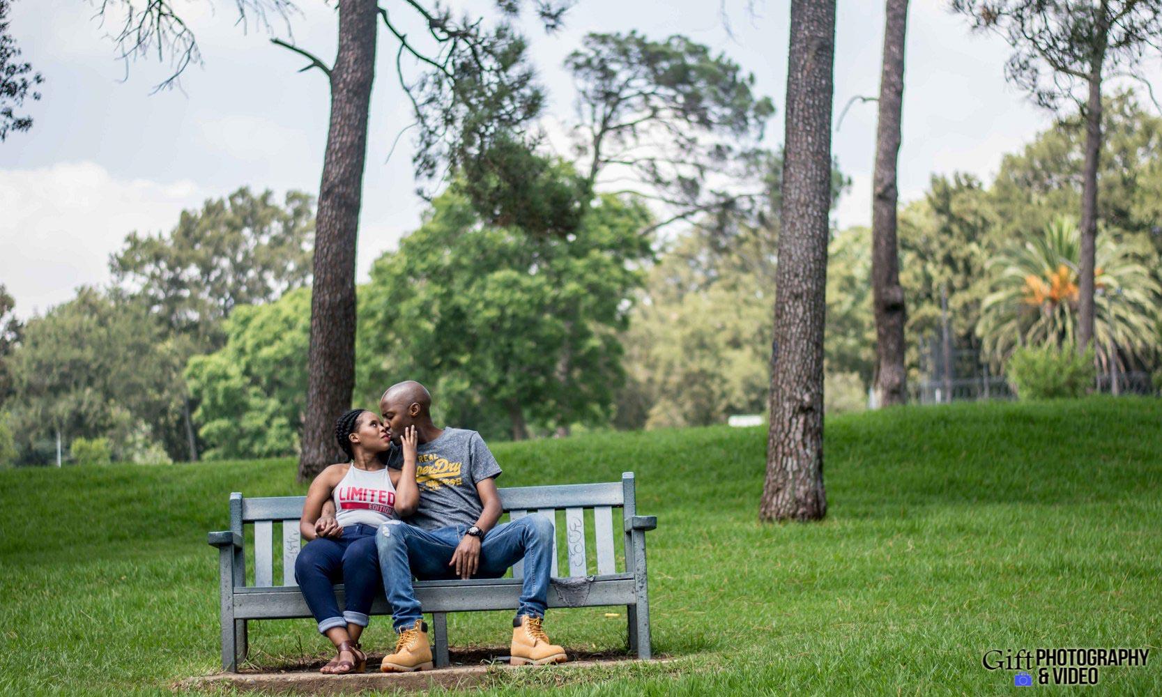 Naledi & Bongani Engagement Shoot Zoo Lake-21