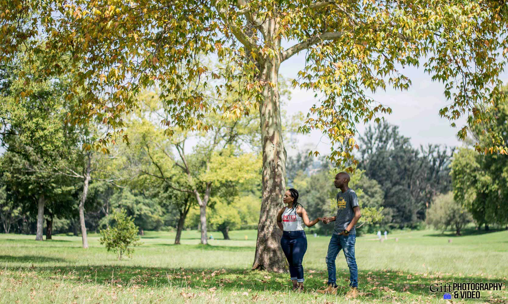 Naledi & Bongani Engagement Shoot Zoo Lake-23