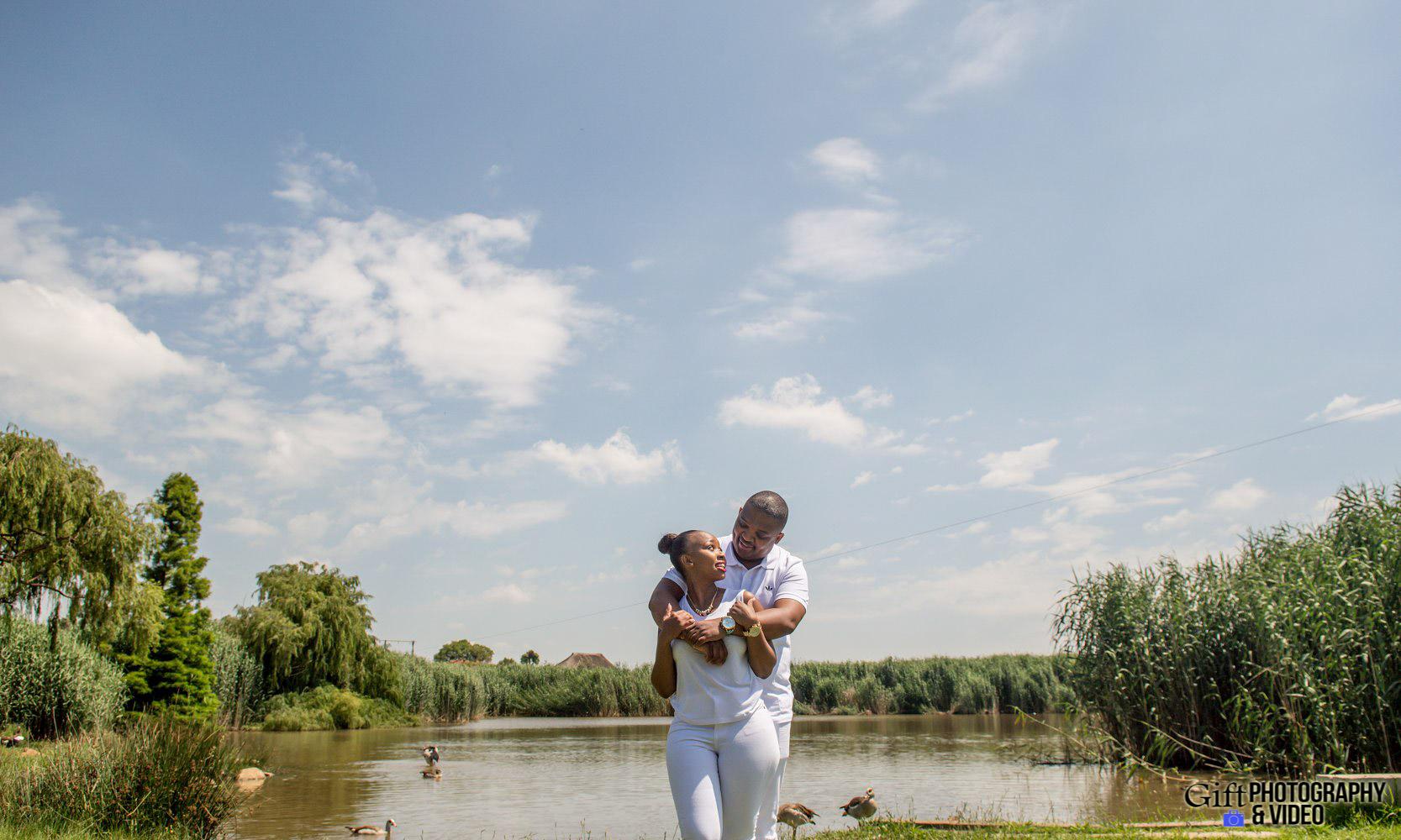Sandile & Thandeka Engagement Reitvlei Zoo Farm-11