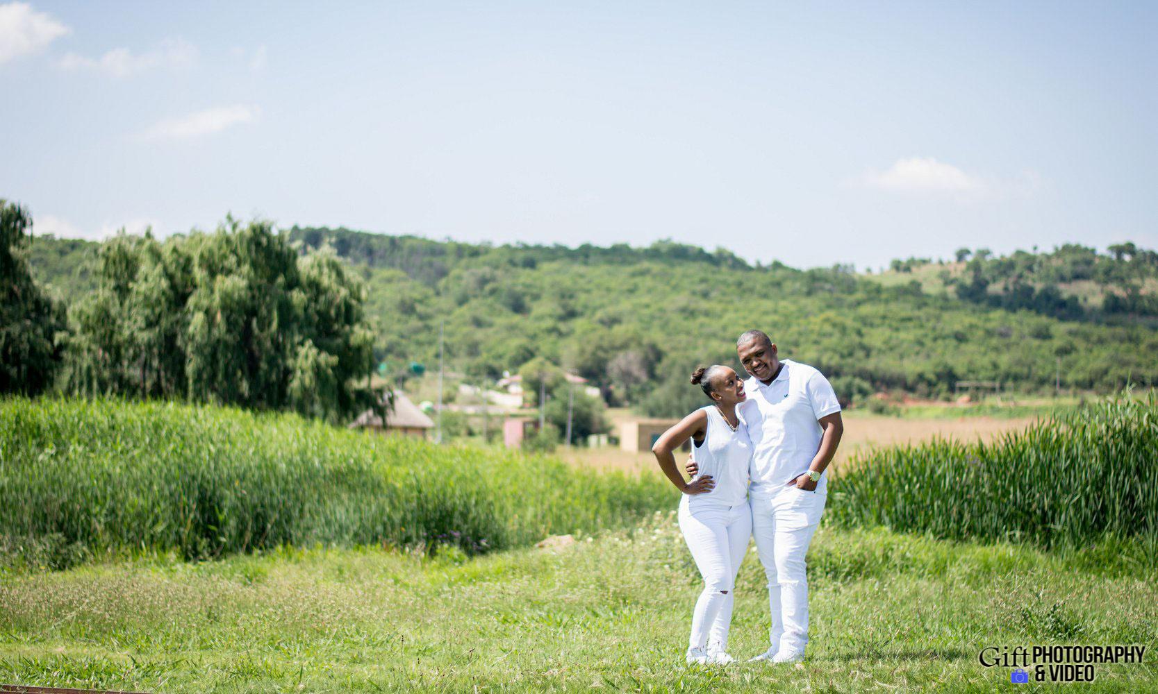 Sandile & Thandeka Engagement Reitvlei Zoo Farm-19