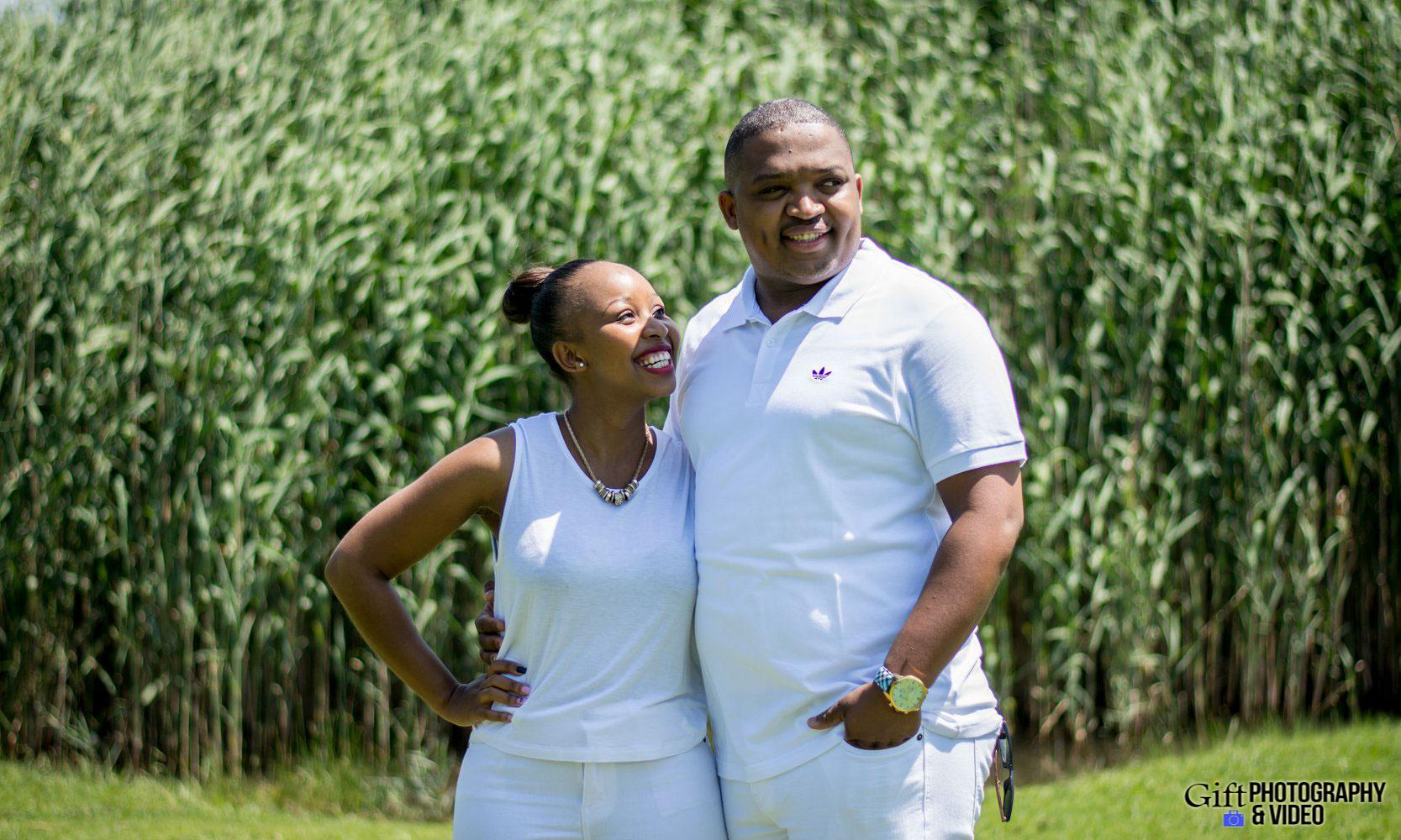 Sandile & Thandeka Engagement Reitvlei Zoo Farm-7