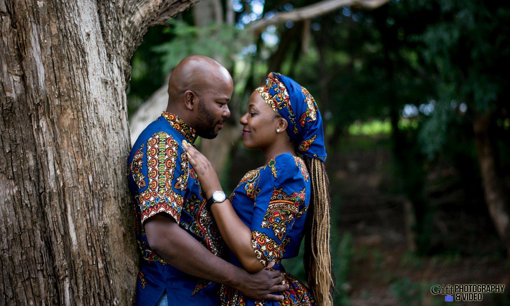 Siphiwe & Kholofelo Engagement Shoot Little falls-12