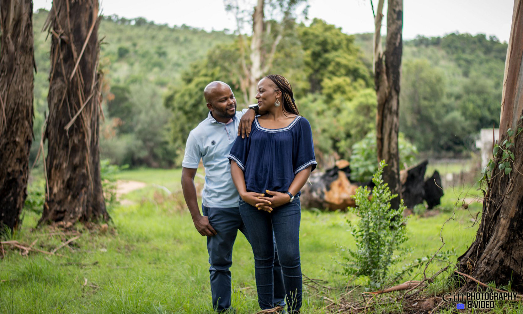 Siphiwe & Kholofelo Engagement Shoot Little falls-4