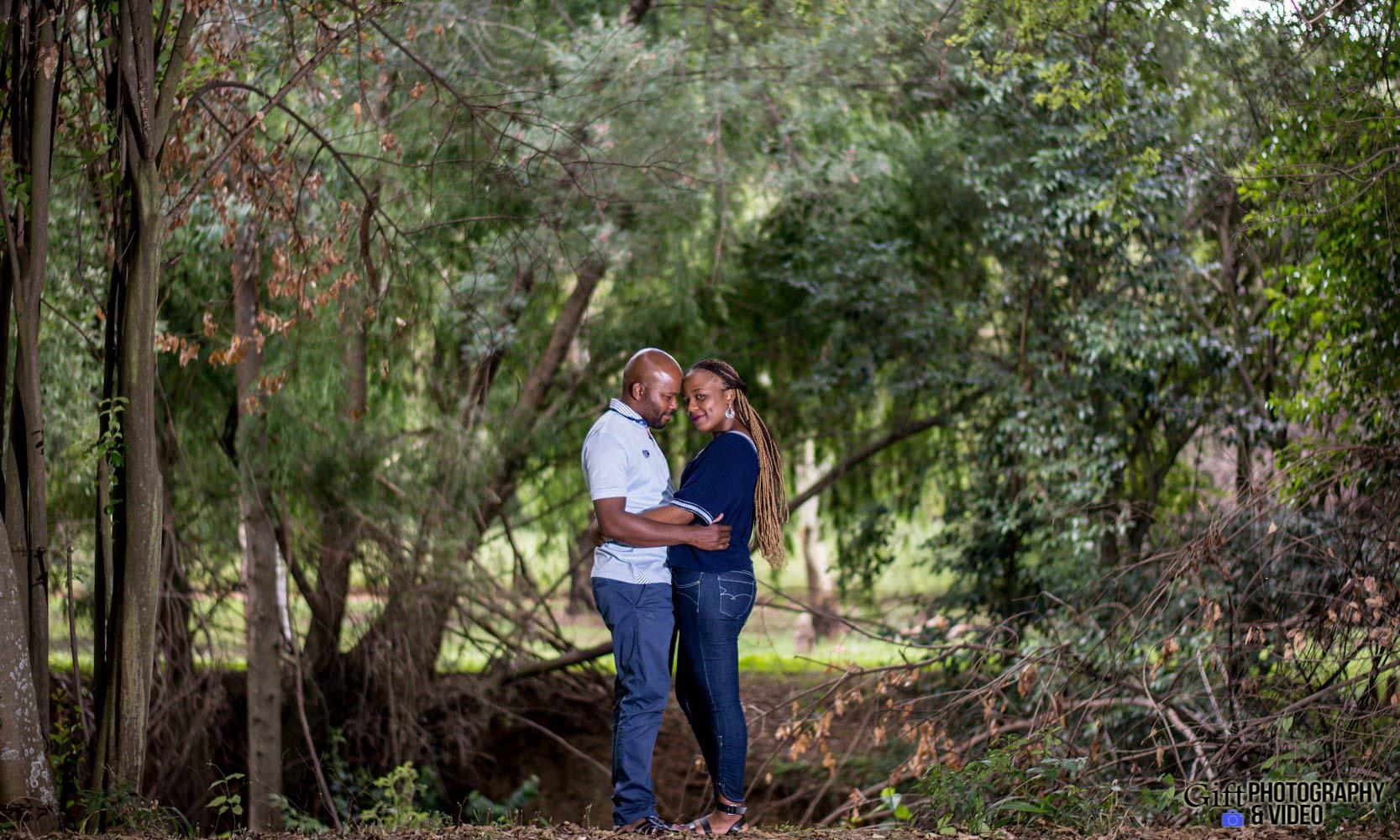 Siphiwe & Kholofelo Engagement Shoot Little falls-6
