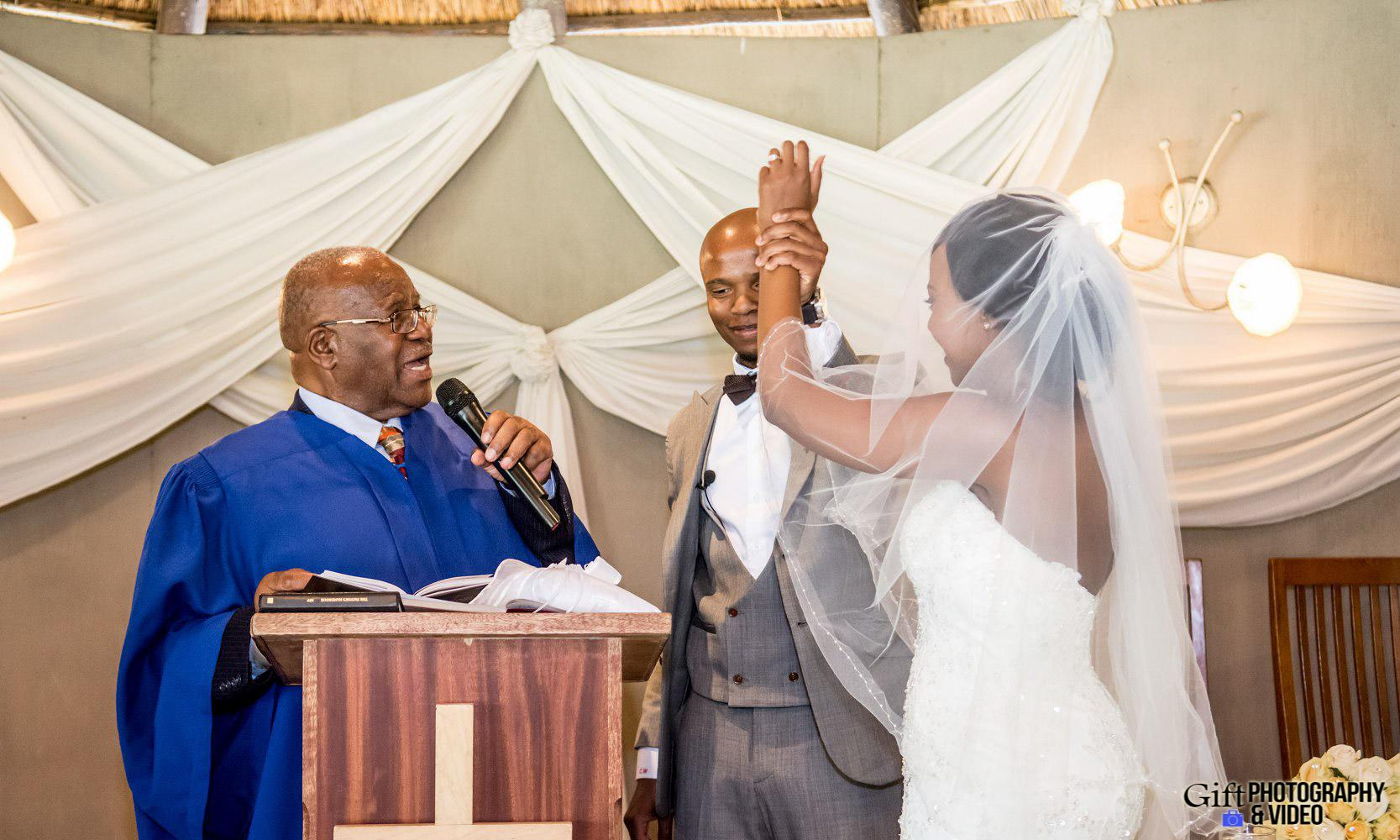 Choene & Sihle Wedding Usambara-17