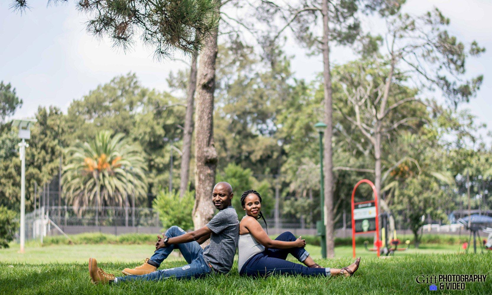 Naledi & Bongani Engagement Shoot Zoo Lake-22
