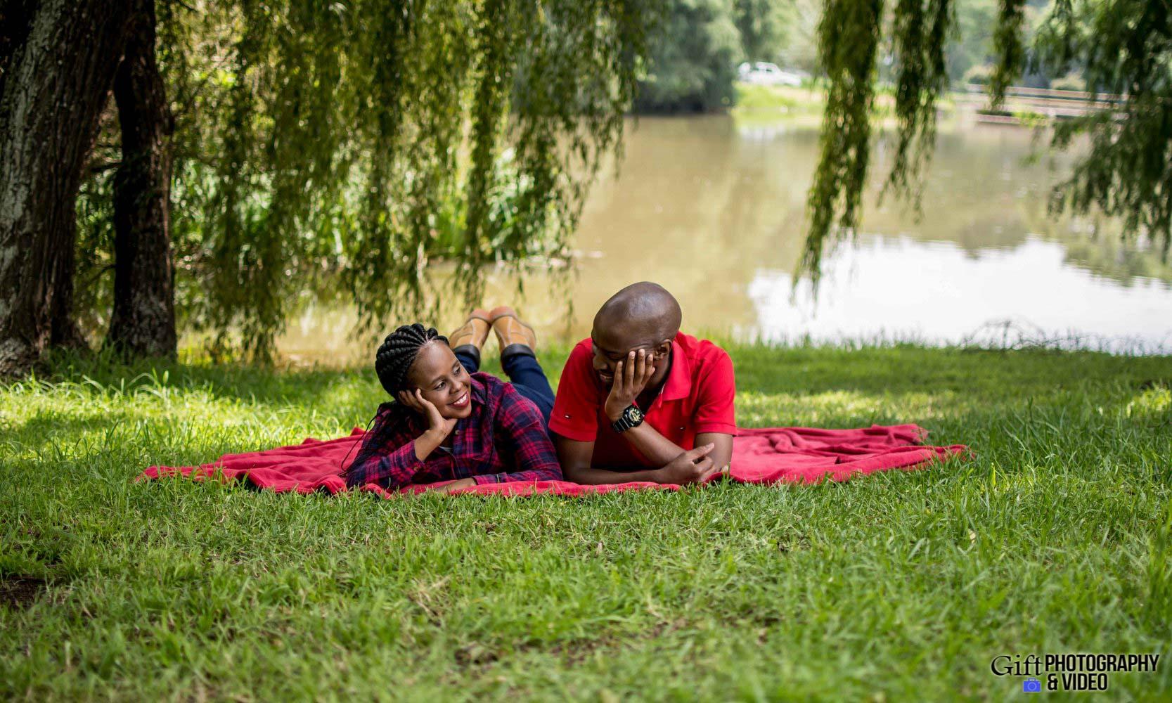 Naledi & Bongani Engagement Shoot Zoo Lake-7