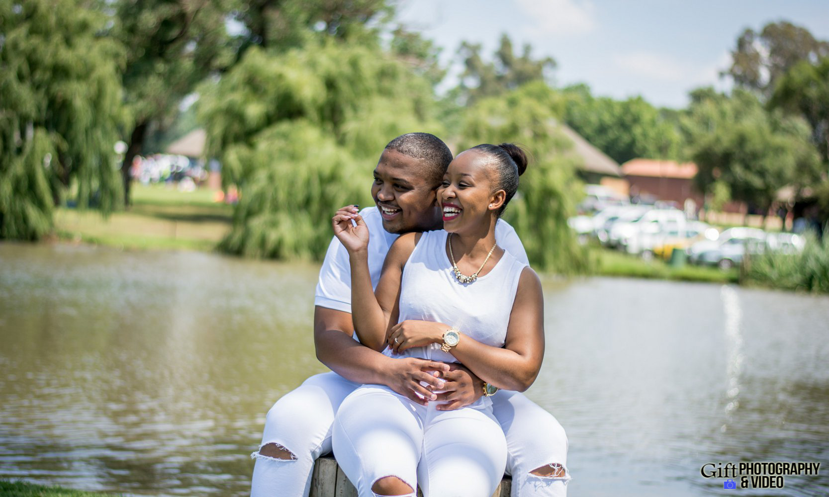 Sandile & Thandeka Engagement Reitvlei Zoo Farm-12