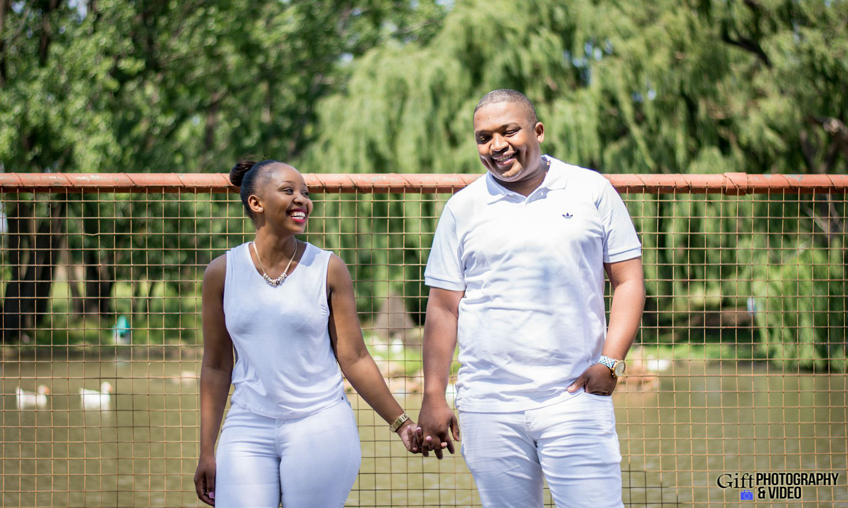 Sandile & Thandeka Engagement Reitvlei Zoo Farm-14
