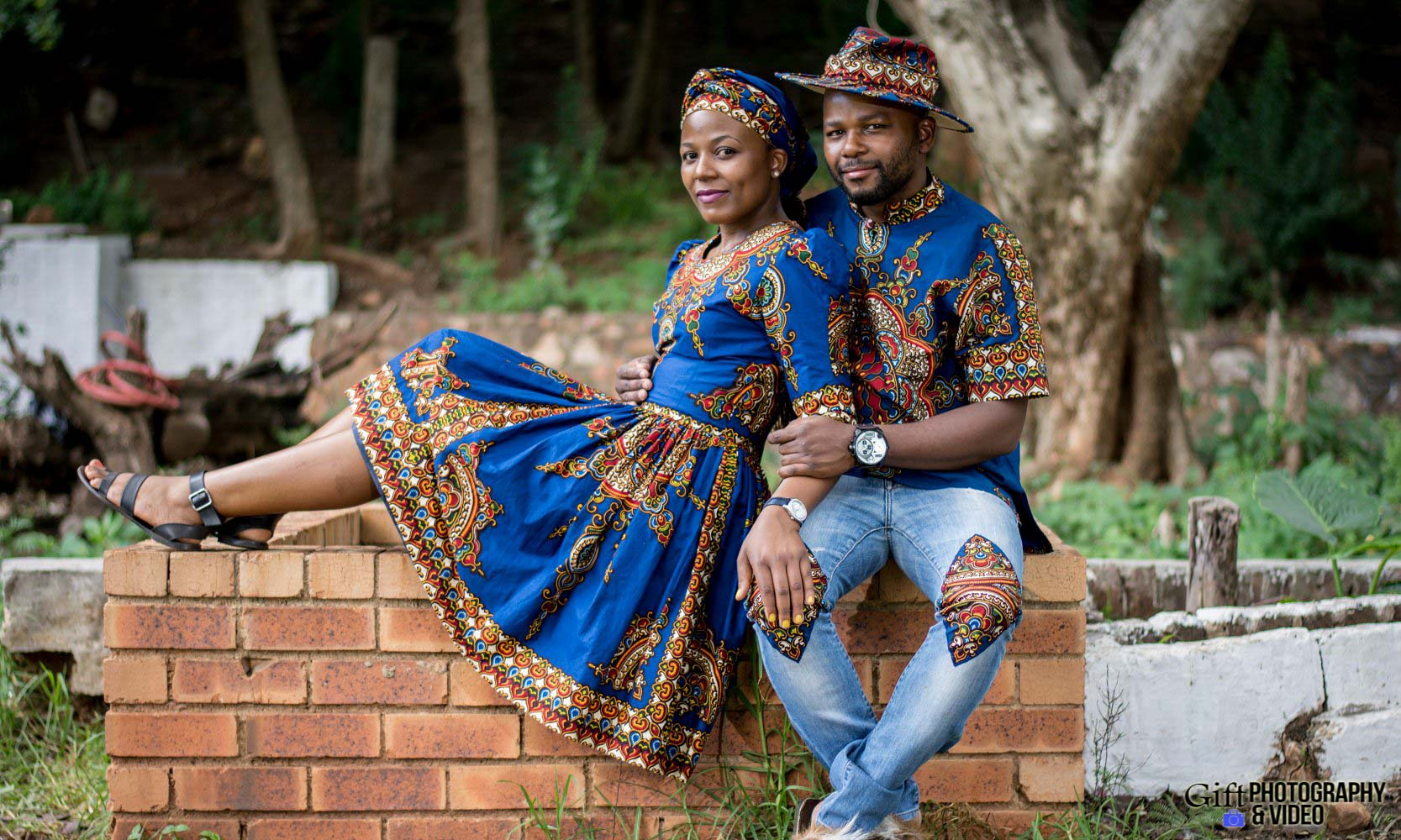 Siphiwe & Kholofelo Engagement Shoot Little falls-11