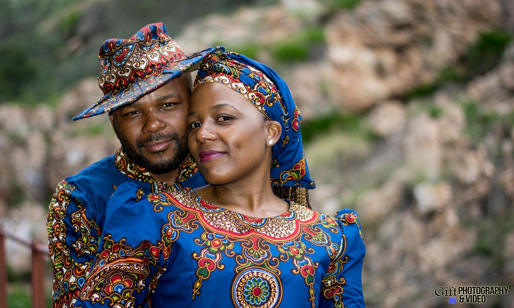Siphiwe & Kholofelo Engagement Shoot Little falls-17
