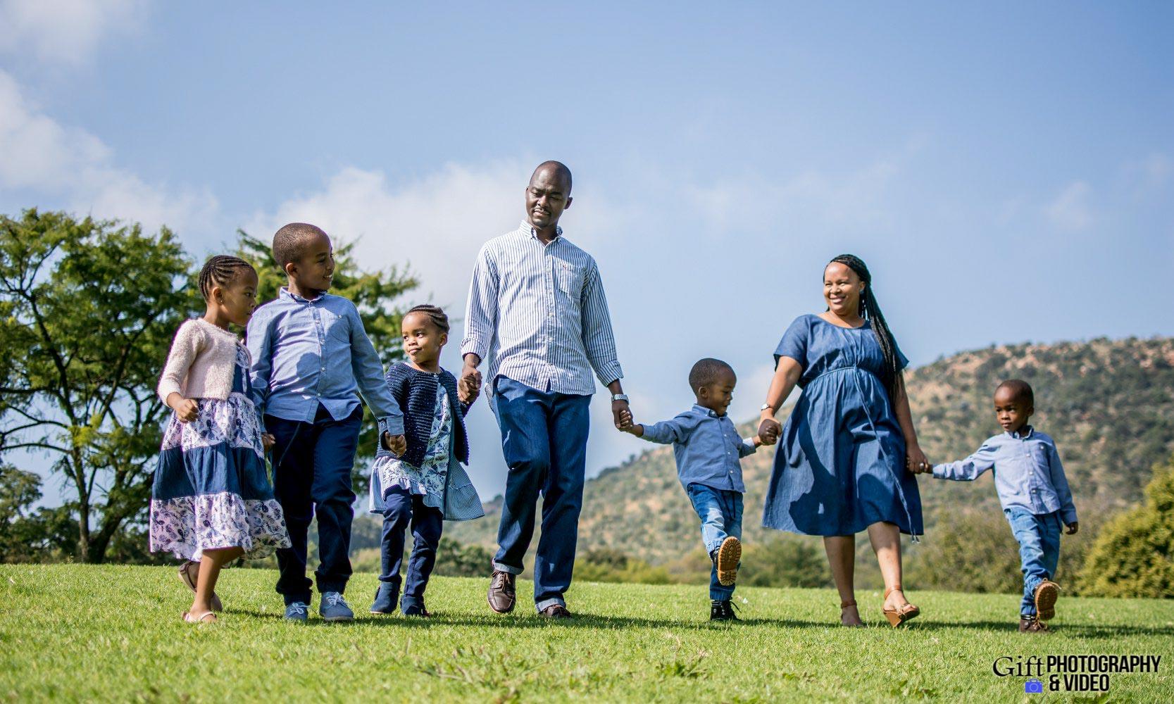 Blose Family Shoot Walter Sisulu Botanical Gaderns-18